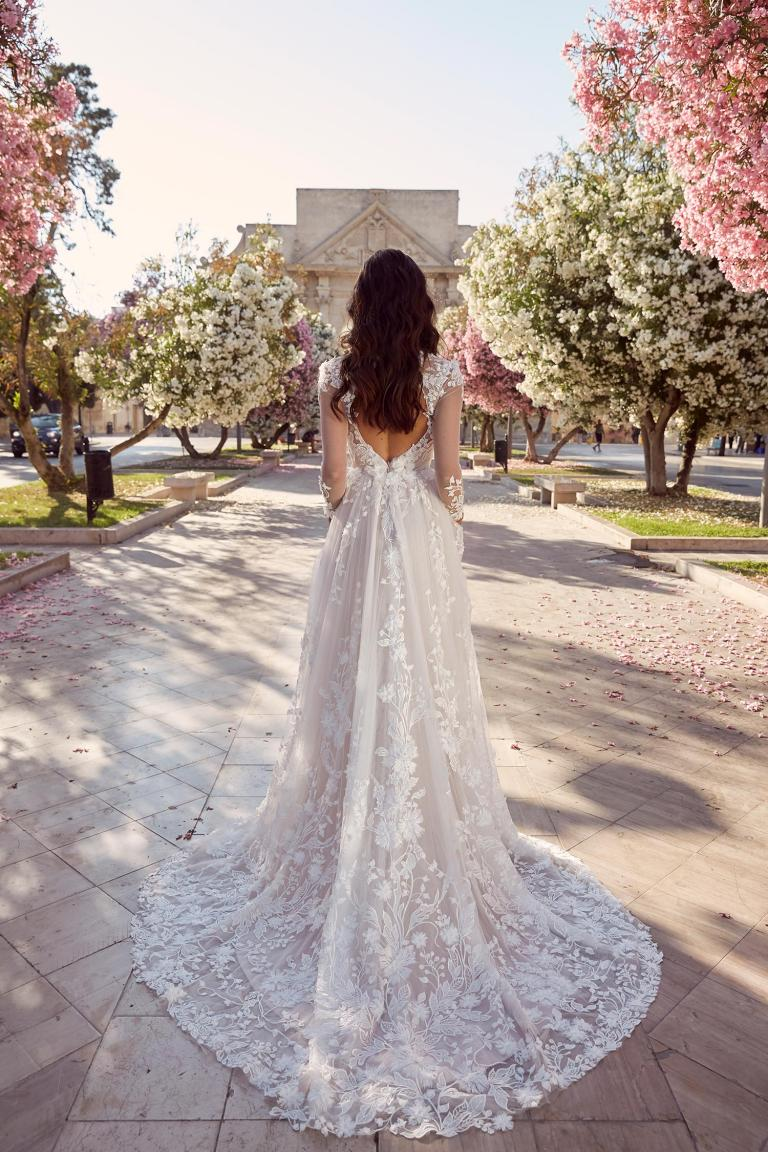 MEADOW-ML10994-FULL-LENGTH-FLORAL-LACE-KEYHOLE-BACK-WITH-V-NECK-AND-SLEEVES-WEDDING-DRESS-MADI-LANE-BRIDAL6-768x1152